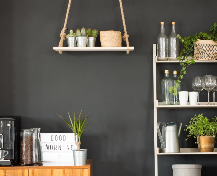 Zwarte muur keuken