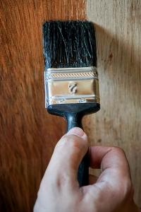 houten plafond verven met houtlak
